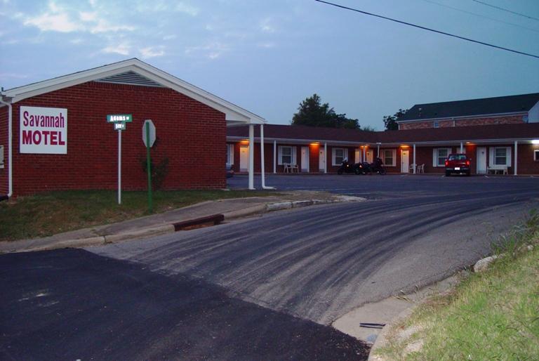 2003 Savannah Tennessee Motel 1 2 3 4 5